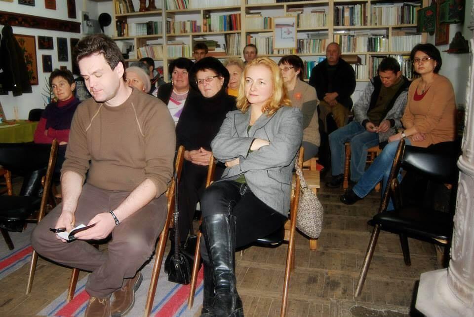 milyen gyakran látja a társat lengyel randi USA